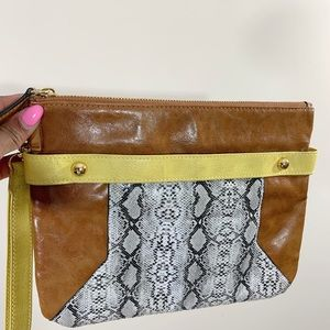 Handbags - Leather Wristlet